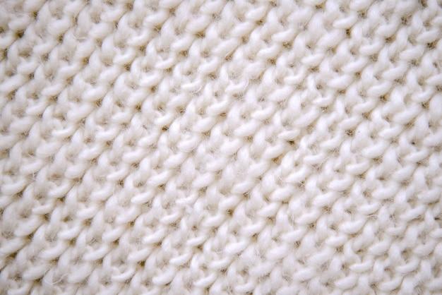 Echarpe tricotée blanche