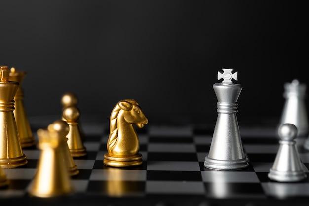Échecs thaïlandais, échecs en bois, passe-temps