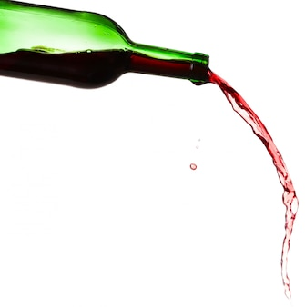 Éclaboussure de vin rouge, isolé sur fond blanc