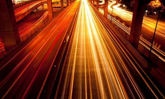 Eclairage de rue la nuit
