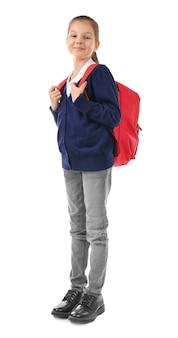 Écolier avec sac à dos sur fond blanc. concept de posture incorrecte