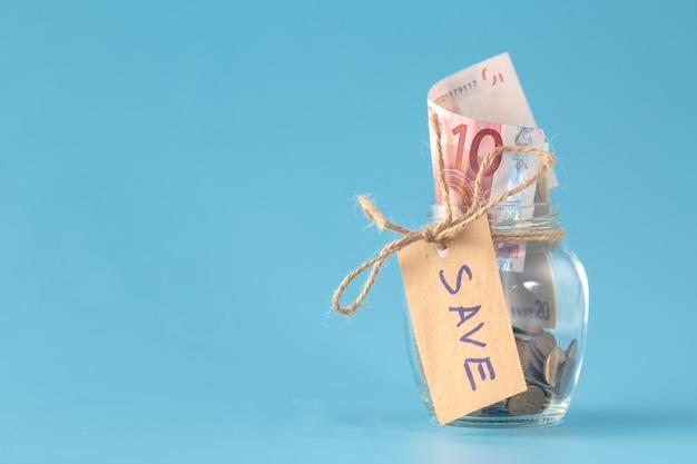 Économiser de l'argent en pot