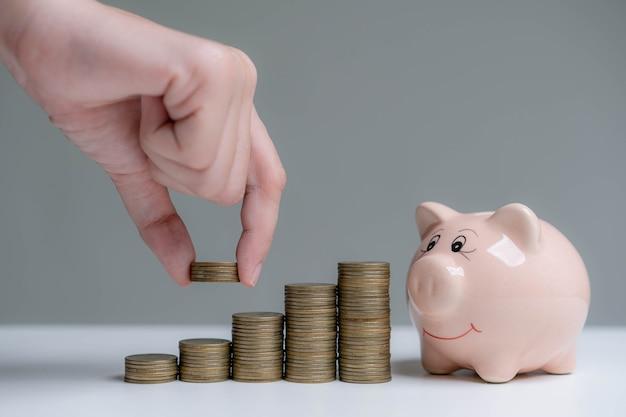 Économiser de l'argent pour de futurs investissements