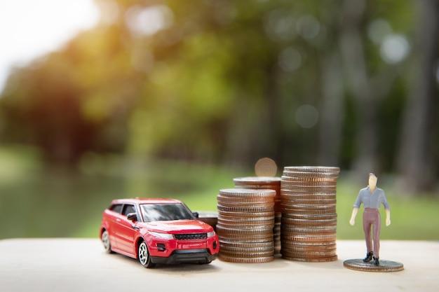 Économiser de l'argent pour une voiture ou une voiture d'échange contre de l'argent