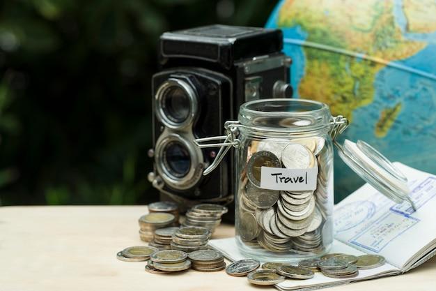 Économiser pour le concept de voyage