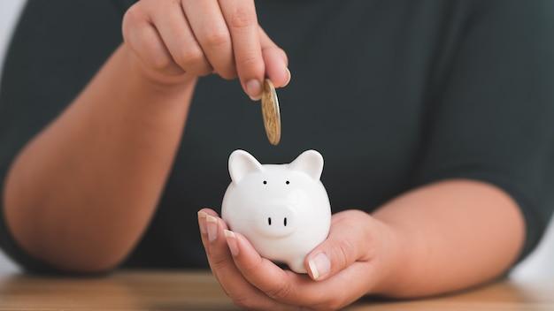 Économisez de l'argent et de l'investissement financier