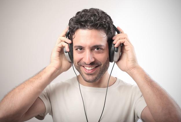 Ecouter de la musique au casque