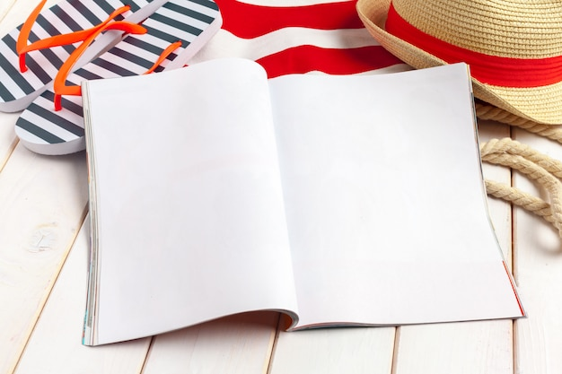 Écrit journal intime summer beach vacation concept