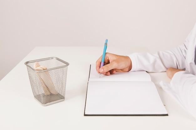 L'écriture de main du docteur