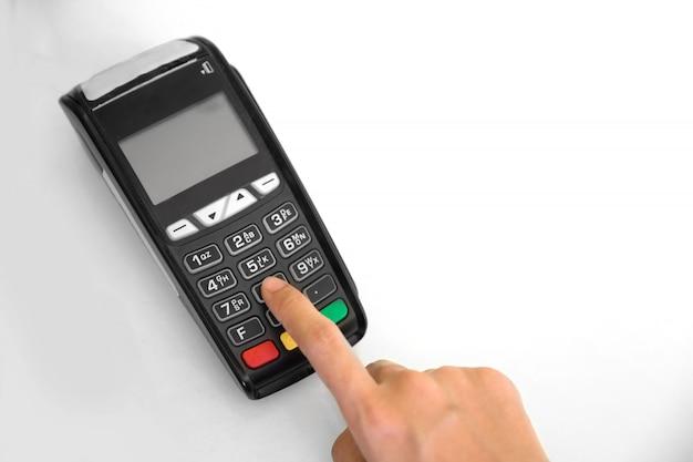 Edc (electronic data capture) main de la machine en appuyant sur le mot de passe sur le terminal