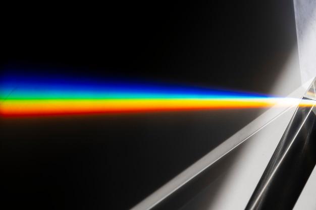 Effet de fuite de lumière sur un fond d'écran noir