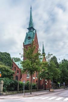 Église allemande à helsinki en été, finlande
