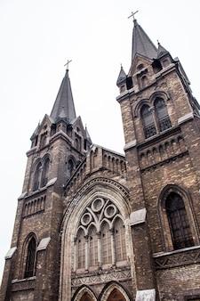 Église catholique de saint-nicolas à kamensky (ukraine)