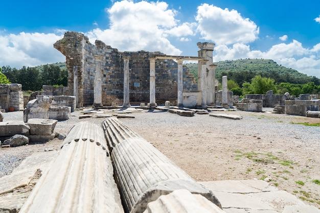 L'église De Marie (l'église Du Conseil) Dans L'ancienne Ville D'éphèse à Selcuk, Turquie Photo Premium
