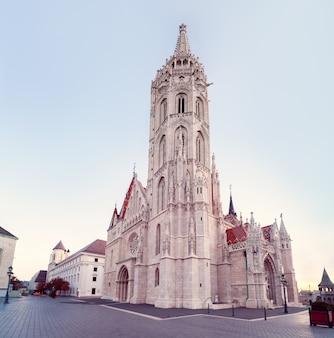 Église matthias à budapest