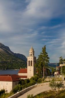 Eglise et monastère sveti nikola à korcula, croatie
