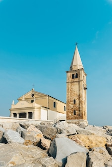 Église notre dame de l'ange sur la plage de caorle italie, santuario della madonna dell'angelo