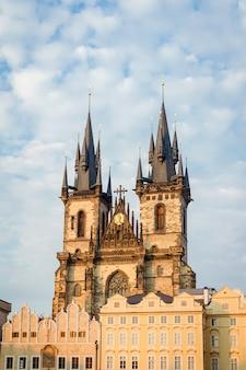 Église de notre-dame avant les tours tyn à prague, république tchèque