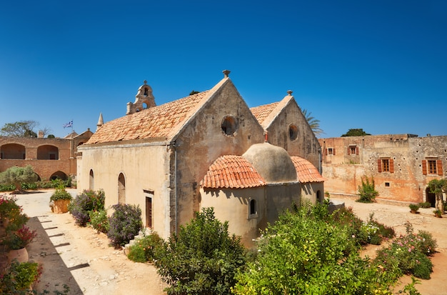 L'église principale du monastère d'arkadi du côté de l'autel à rethymno, en crète