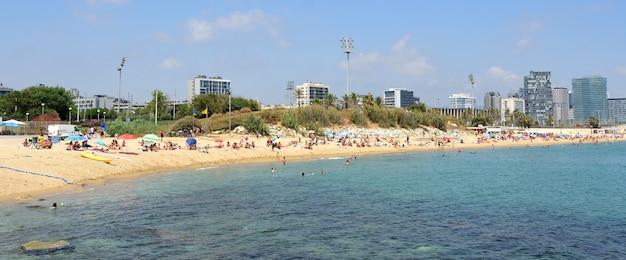 El bogatell beach, barcelone, catalogne, espagne