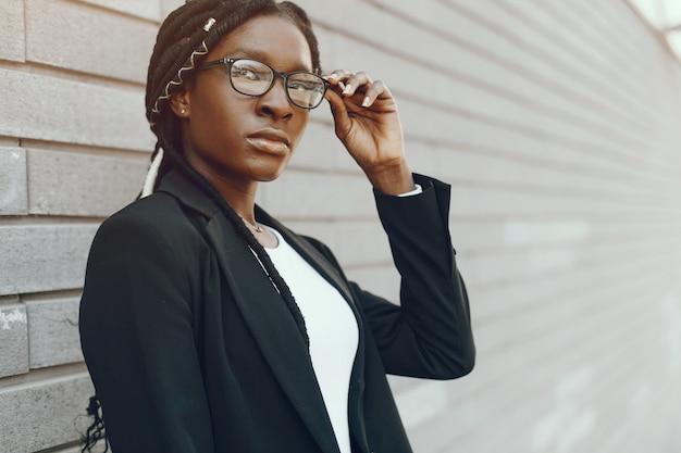 Élégante fille noire
