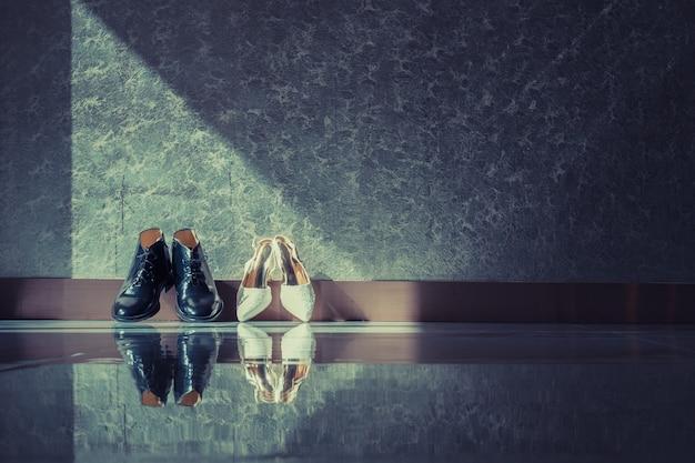 Élégantes chaussures habillées masculines et féminines pour la cérémonie de mariage