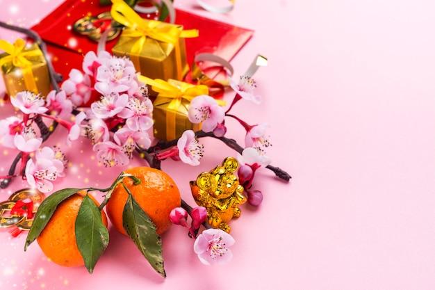 Éléments du nouvel an chinois sur rose