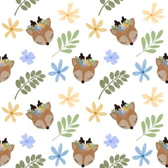 Éléments floraux de modèle sans couture enfantin de cerf