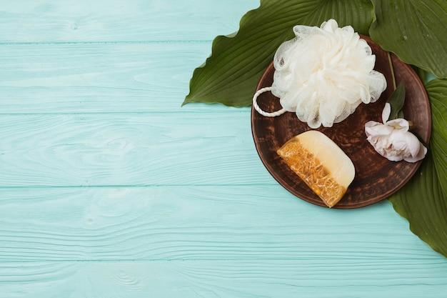 Éléments naturels pour spa avec savon
