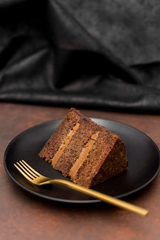 Élevé, angle, gâteau, tranche, plaque, doré, fourchette