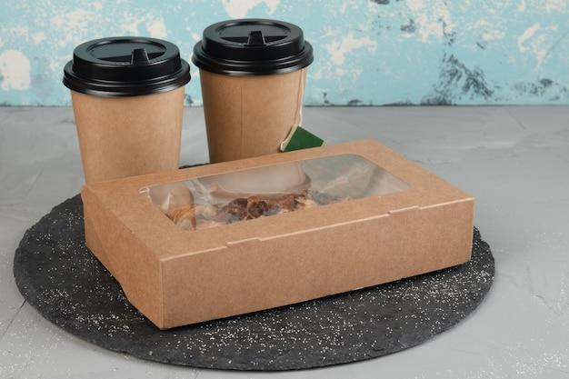 Emballage écologique pour les aliments, les boissons et la livraison