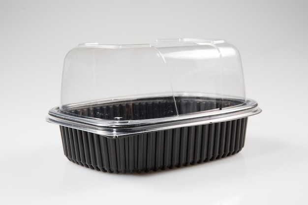 Emballage plastique pour acheter un poulet prêt à cuire
