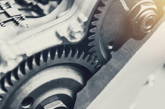 Embrayage rotatif de voiture de véhicule gros plan à l'intérieur du moteur