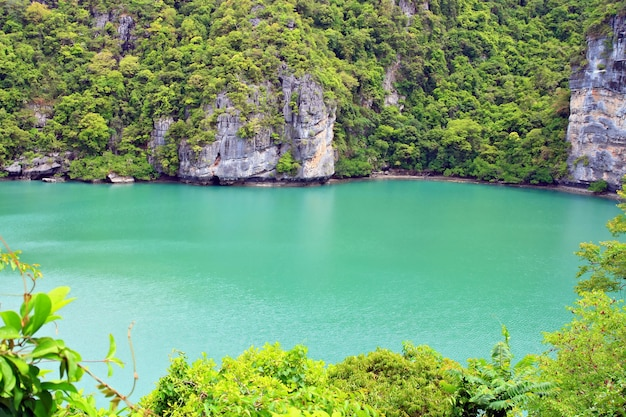 Emeraude laggon sur l'île de samui au sud de la thaïlande, gros plan