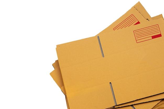 Empilage de boîtes en carton, papier ondulé.