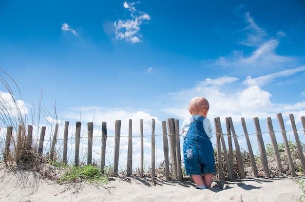 Enfant en bas âge ciel dungaree bleu enfants kid