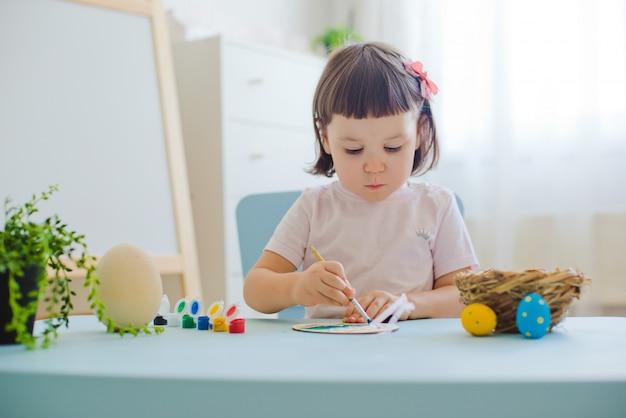 L'enfant dessine