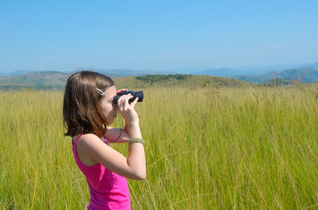 Enfant, safari, voyage, afrique, girl, regarder, savane, jumelles