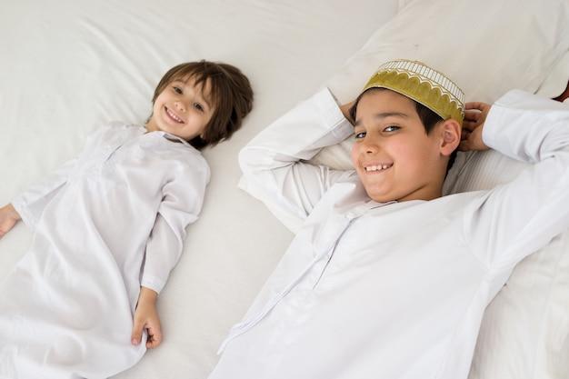 Enfants arabes