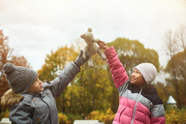 Enfants dans le parc