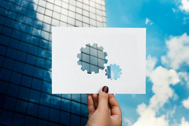 Engrenage en papier perforé pour le travail d'équipe en entreprise