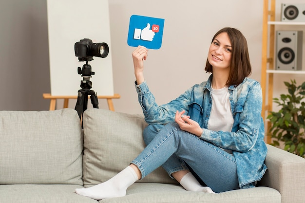 Enregistrement de belle femme pour blog personnel