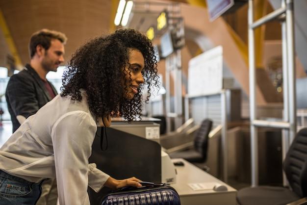 Enregistrement des passagers à l'aéroport