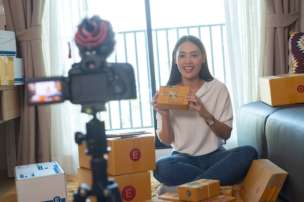 Enregistrement de vlog pour une interview vidéo en direct de votre chaîne.