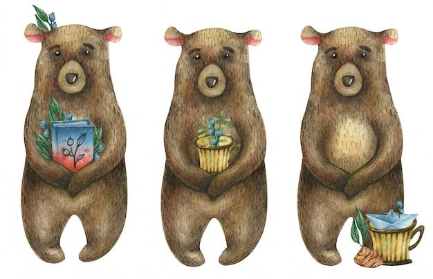 Ensemble d'aquarelle ours brun mignon tenant un livre bleu-rouge, un verre rayé jaune avec des baies et des feuilles