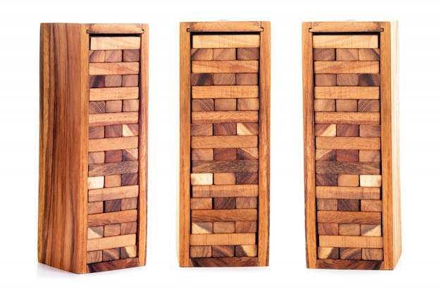 Ensemble de blocs de bois isolé