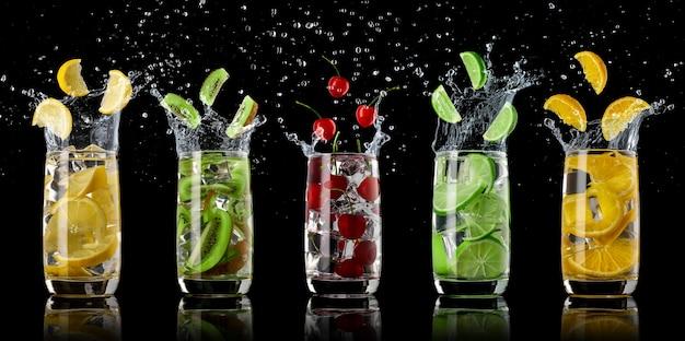 Un ensemble de boissons gazeuses à base d'orange, de citron, de kiwi, de citron vert et de cerise avec de la glace