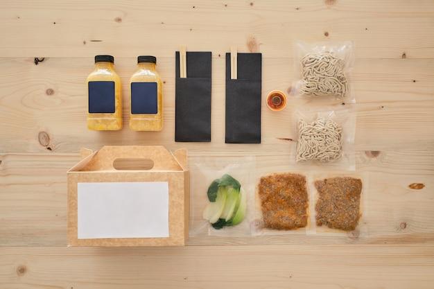 Ensemble de divers ingrédients pour ramen