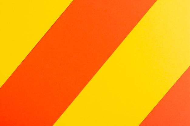 Ensemble de feuilles de carton colorées
