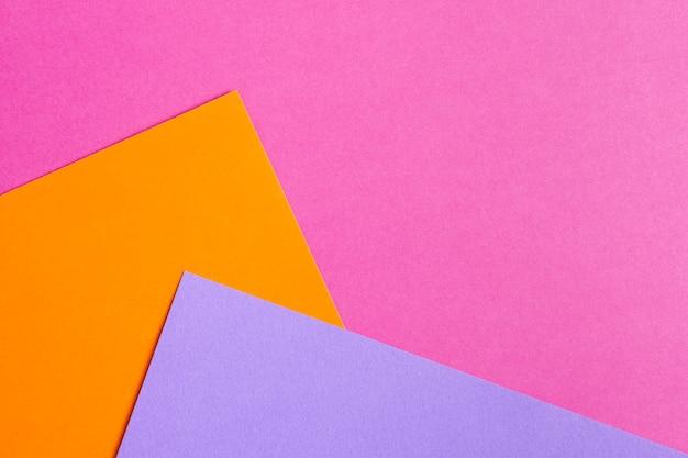 Ensemble de feuilles de papier colorées